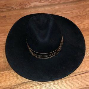 Free People Black Hat